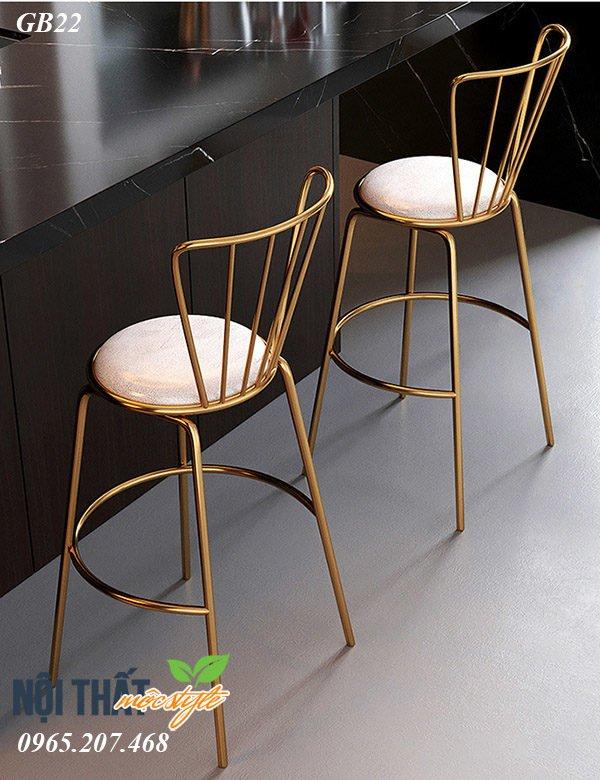Ghế bar cafe GB22 với màu nhũ vàng đầy mê hoặc,