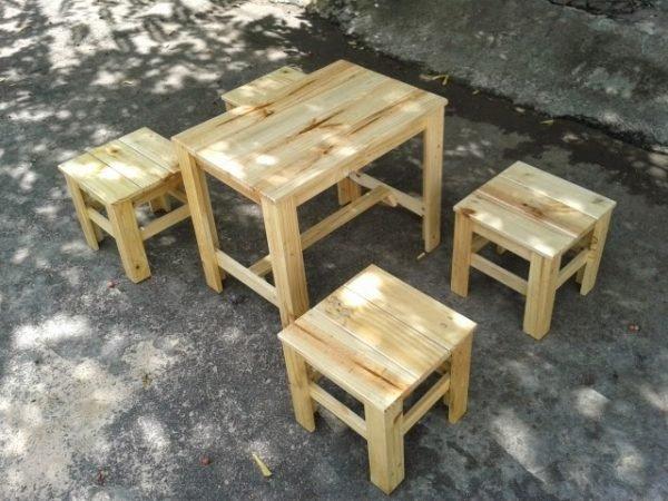 Mẫu Bàn ghế gỗ CF17 giá cực rẻ cho không gian trà chanh, trà đá, cafe vỉa hè, quán ăn vặt...