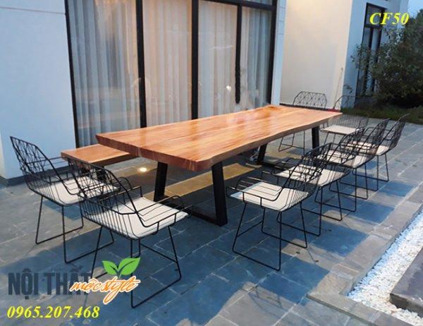 Bàn ghế cafe CF50 sản phẩm độc đáo của gỗ tự nhiên và khung sắt chắc khoẻ
